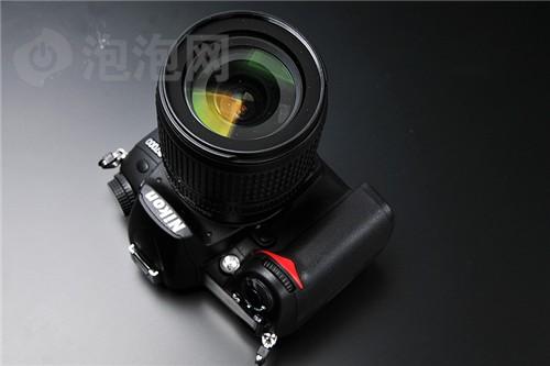 尼康D7000(单头套机18-105mmVR)数码相机