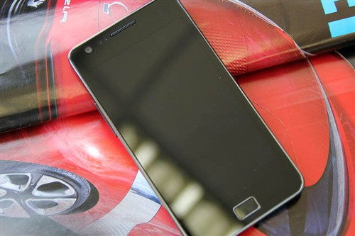 三星GALAXY SII i9100手机
