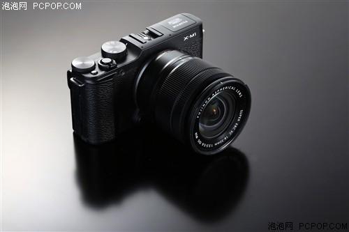 富士X-M1 微单机身(1630万像素 3英寸液晶屏 连拍5.6张/秒)数码相机