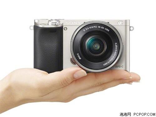 索尼A6000 单电套机 银色(E PZ 16-50 f/3.5-5.6 OSS)单电/微单相机