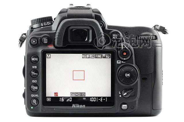 尼康D7000 单反机身液晶屏图片