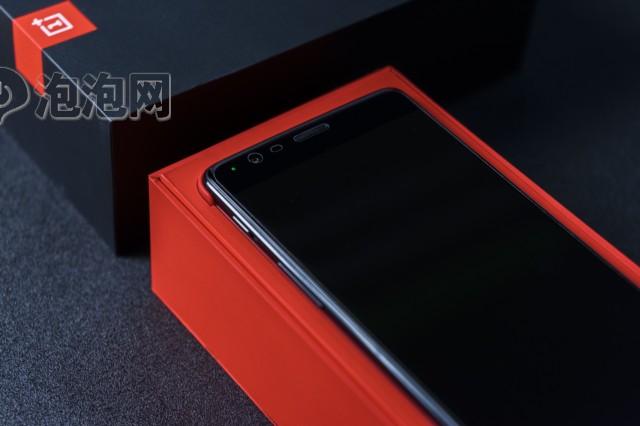 一加手机3T开箱图片3