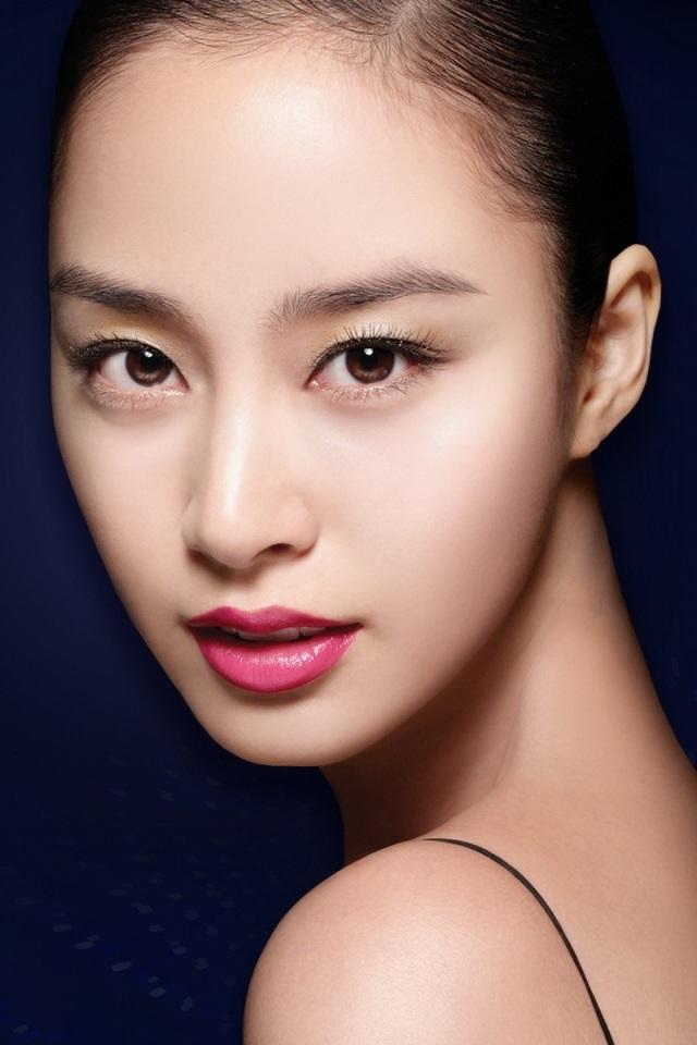 韩国美女金泰熙20120518壁纸10310180472